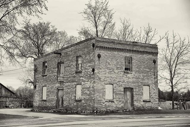 Farm Feed  Supply  Building,  New Tecumseh, Ontario
