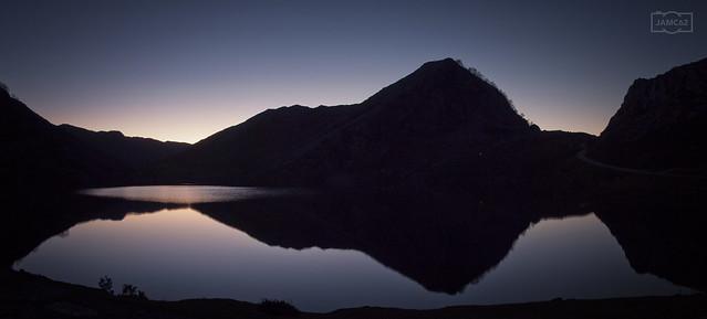 Reflejo nocturno/ night reflection