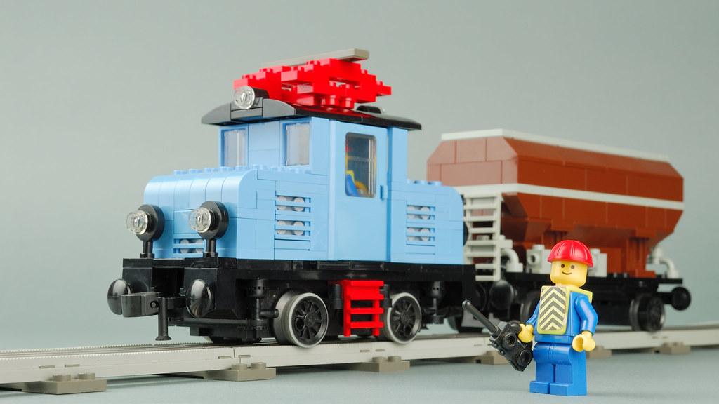 LEGO 12V MOC Electric Engine in medium blue