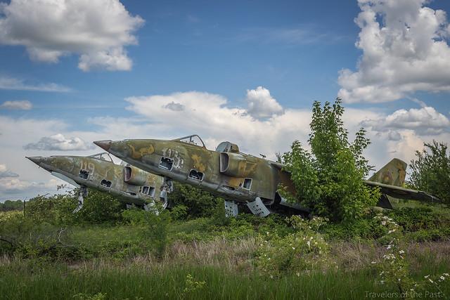 Military aircraft 09