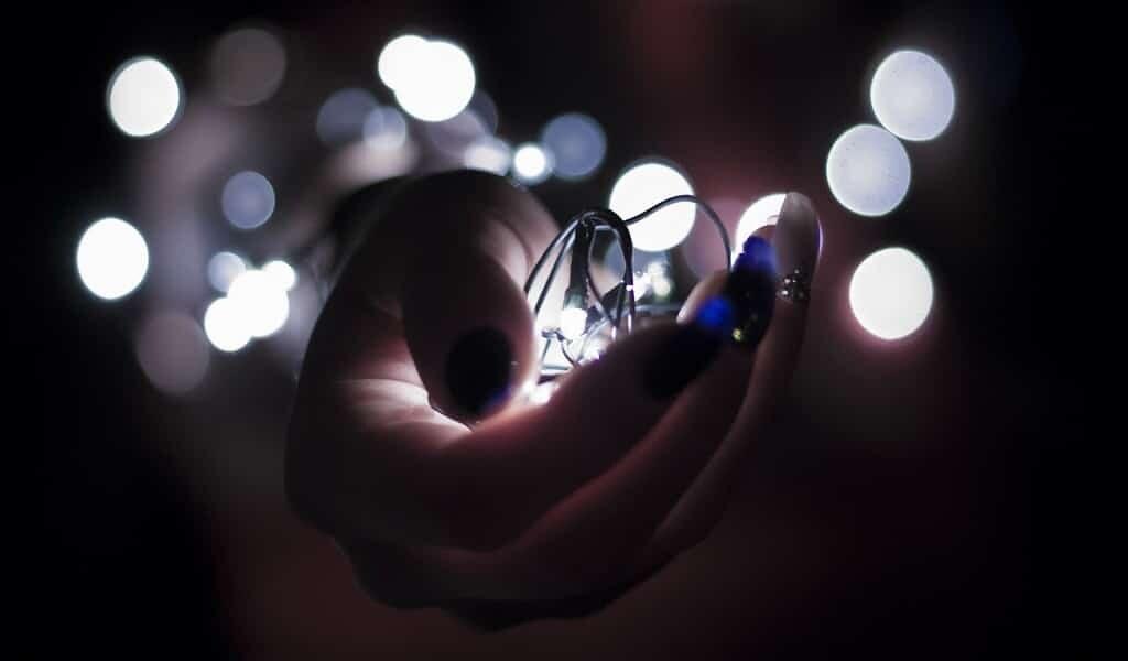des-fibres-optiques-photocatalytiques-produisent-énergie
