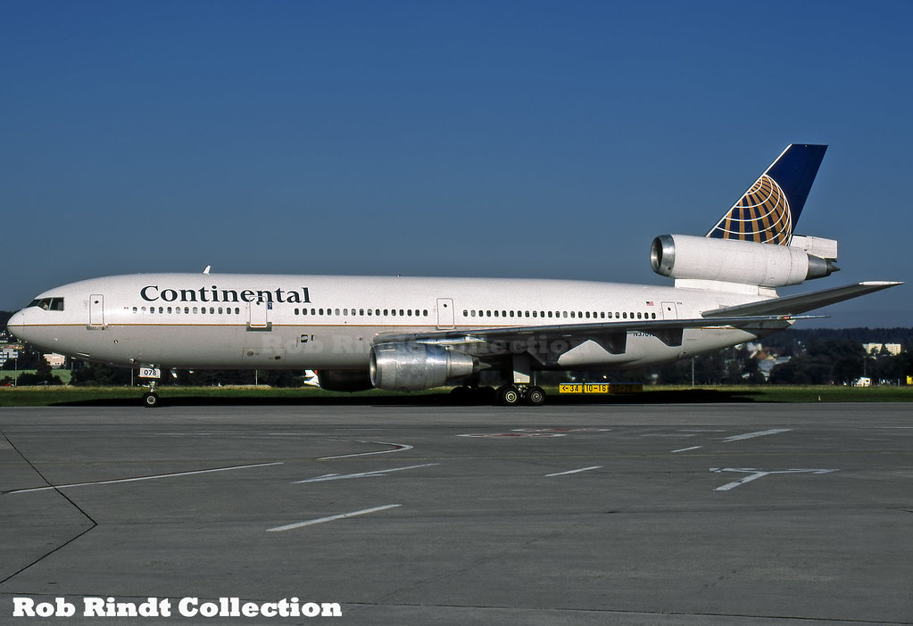 Continental Airlines DC-10-30 N37078