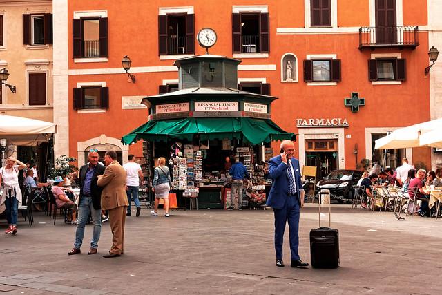 Rome / Piazza di S. Lorenzo in Lucina