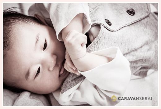 3か月の赤ちゃん かわいい 伏し目