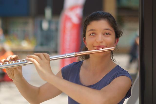 Portrait d'une flutiste