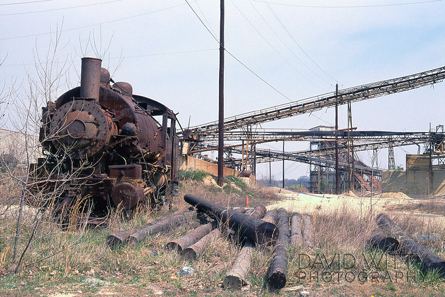 Abandoned Tank Switcher/Abandoned Cement Plant