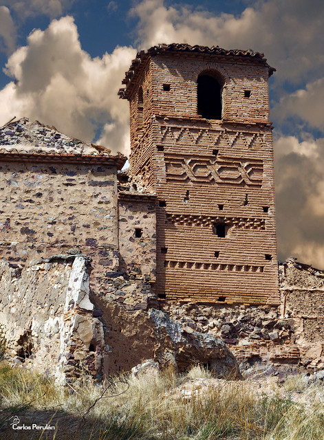 Torre-ruinas-Villanueva-Jalon