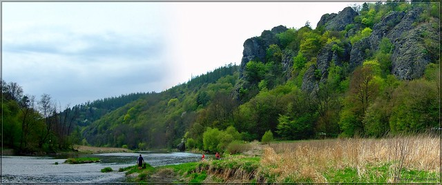 Der Teufelsfelsen (Čertova skála) im Berauntal