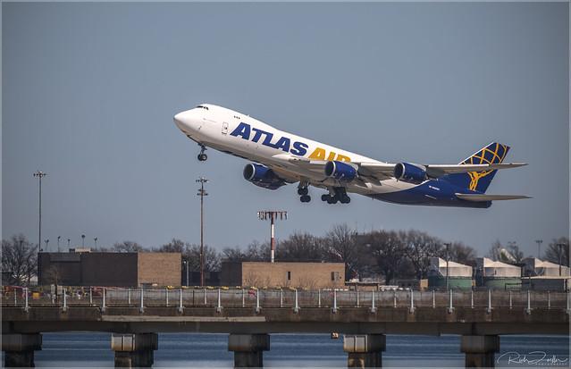 **ATLAS AIR 747**