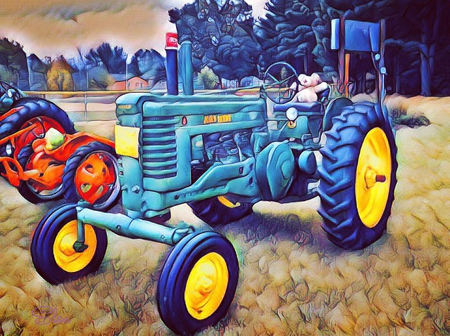 Autumn On Parade Tractor Show  Oregon, Illinois.  2019.   -150245631