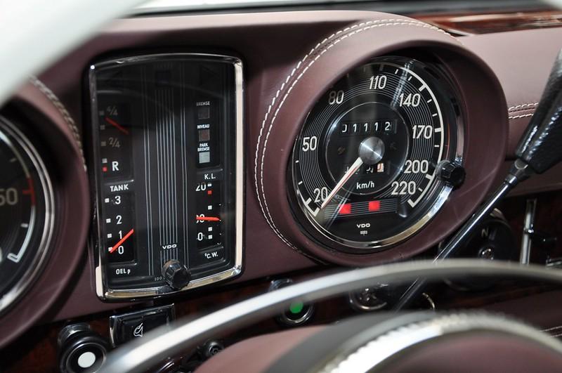 Mercedes-Benz-600-Pullman (12)