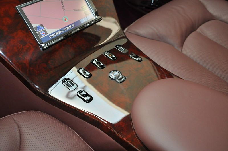Mercedes-Benz-600-Pullman (13)