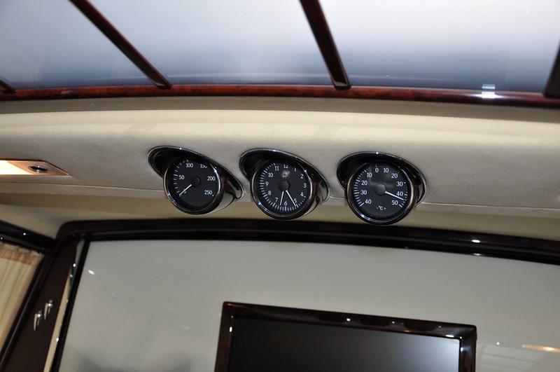 Mercedes-Benz-600-Pullman (15)