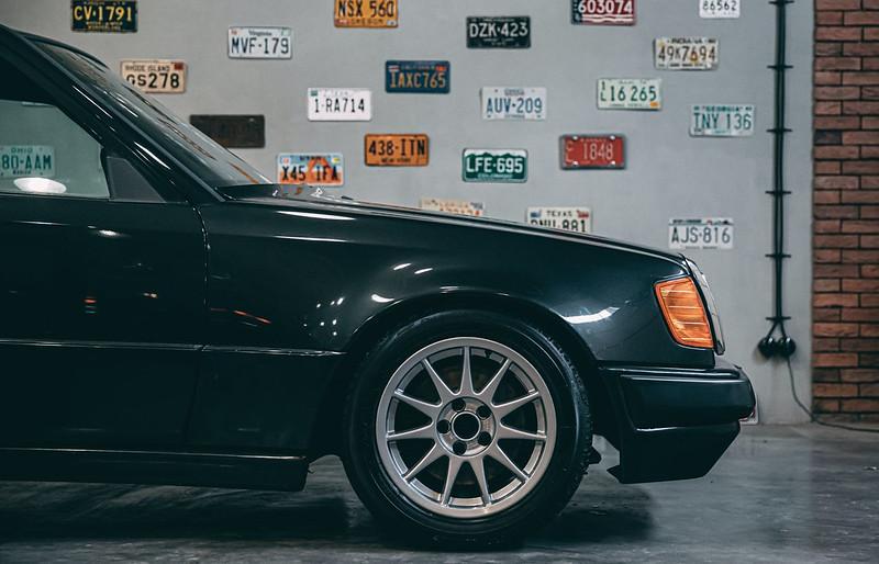 Hartge-Mercedes-Benz-300E- (5)