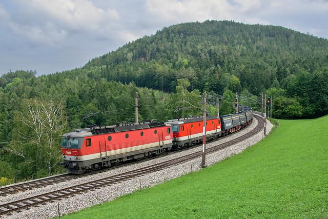 ÖBB 1144 125 & 1144 213   Eichberg (Semmernigbahn)