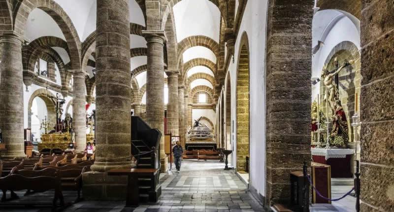 Iglesia de Santa Cruz | Mooistestedentrips.nl