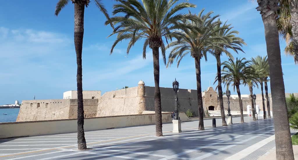 Bezienswaardigheden Cadiz: Castillo de Santa Catalina | Mooistestedentrips.nl