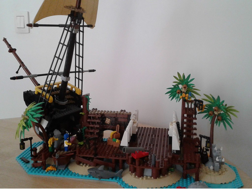 Pirate Bay Island cropped