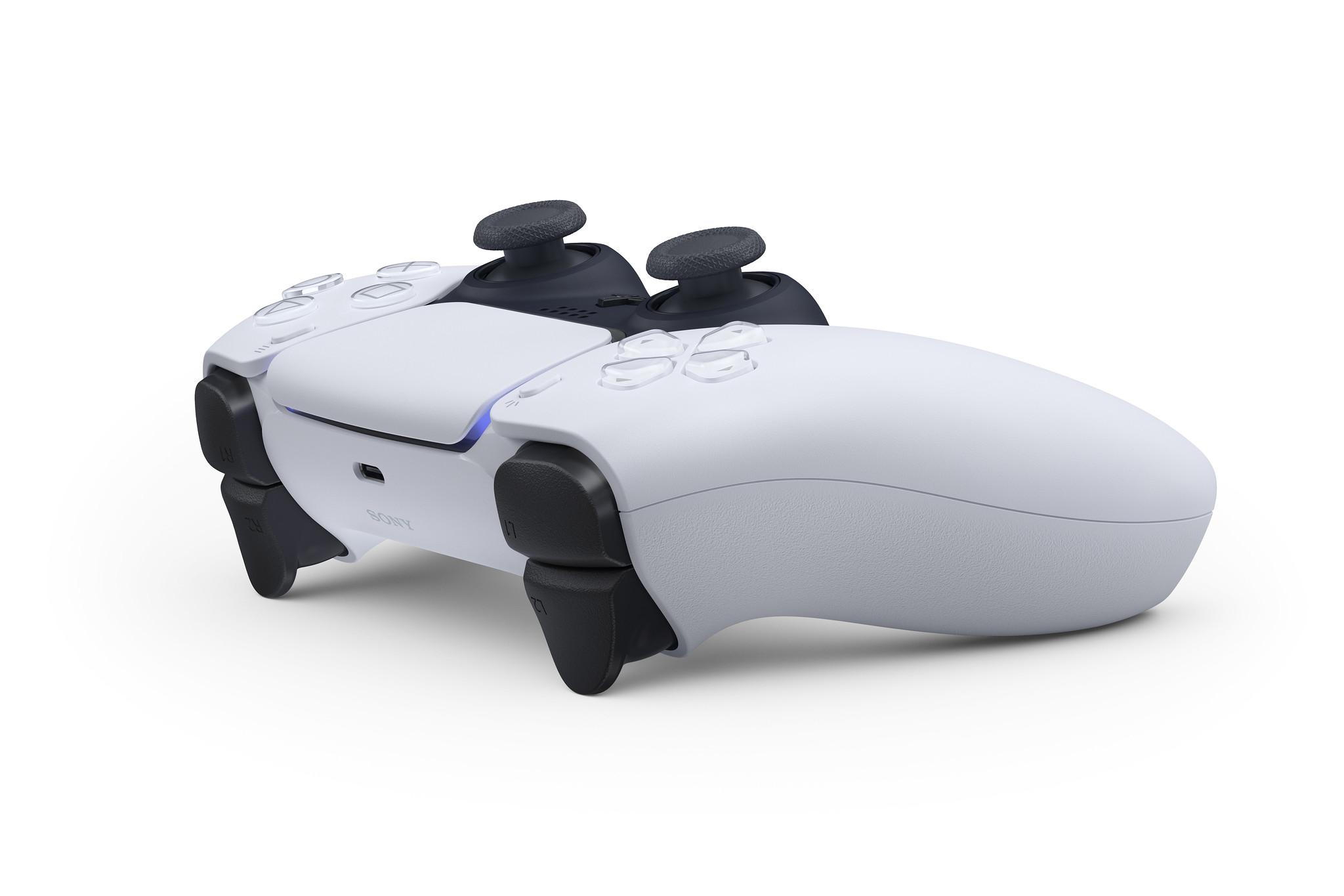 PlayStation 5: ecco a voi il nuovo DualSense! 2