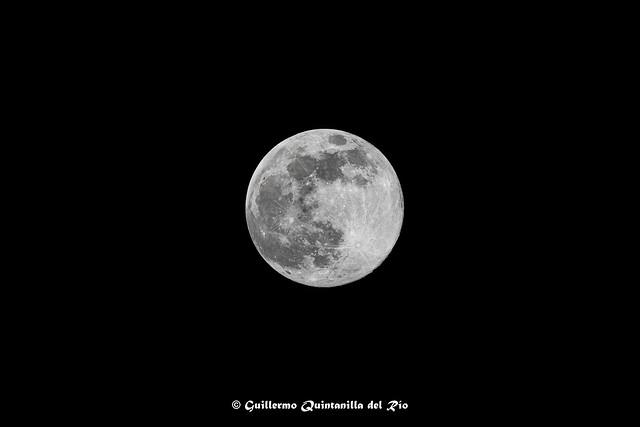 GQR02989-Sony-A7R-M3-Luna-Abril-2020
