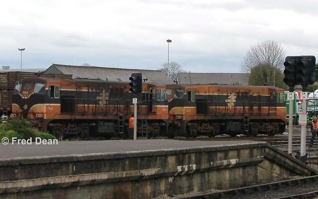Irish Rail 164 + 163 in Limerick.