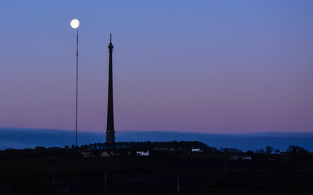 The Moon and The Mast