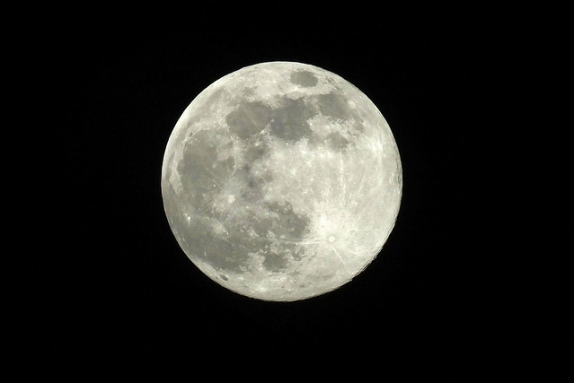 Full moon 2020-04-07