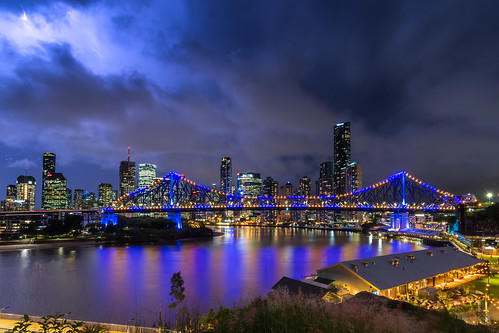 storybridge bridge river brisbaneriver skyline view vista skyscraper tower reflection night lightning storm cbd brisbanecbd brisbane queensland qld australia nikon d500 nikond500
