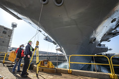 USS Carl Vinson (CVN 70) prepares to depart a dry dock at Puget Sound Naval Shipyard & Intermediate Maintenance Facility, April 6. (U.S. Navy/Scott Hansen)