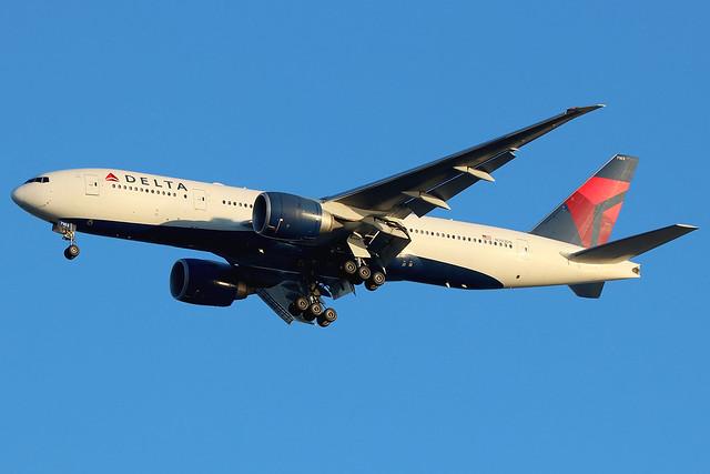 N703DN | Boeing 777-232LR | Delta Air Lines