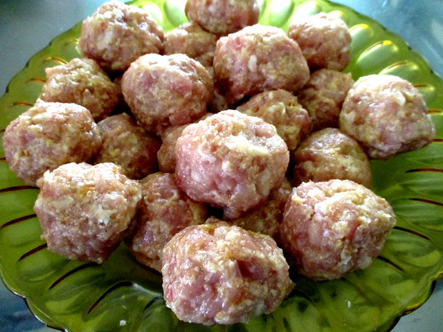 Meat balls, rolled