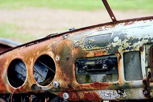 Just Who Doesn't Like Cassette And Rust