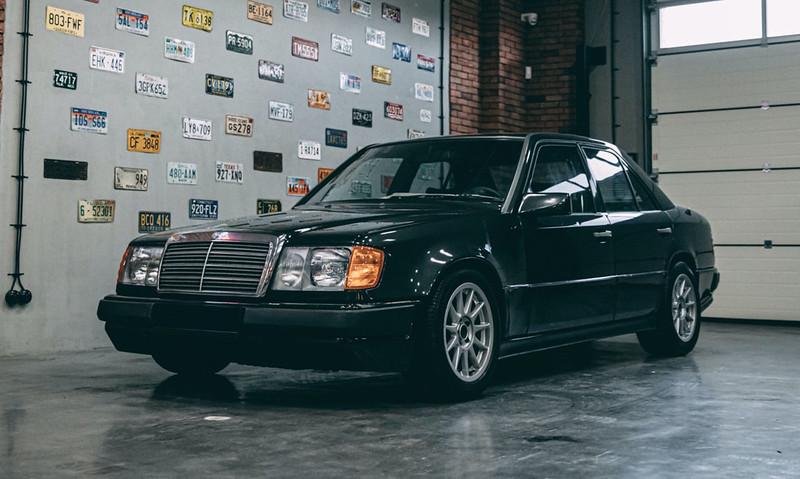 Hartge-Mercedes-Benz-300E-1