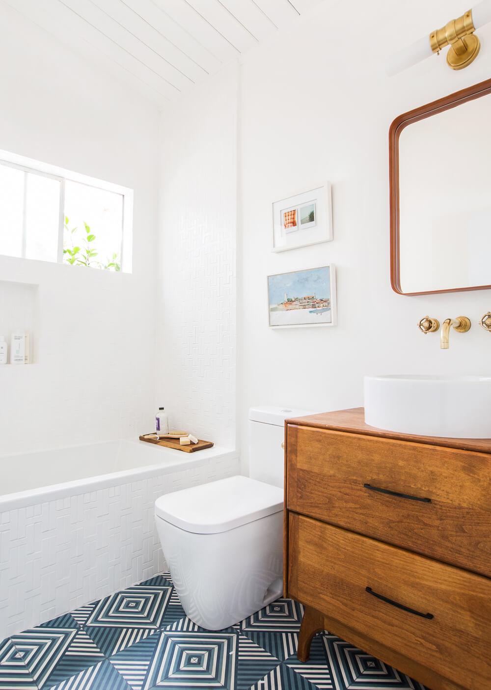 Mid Century Modern Bathroom | Blue Pattern Floor Tile | Clean White Bathroom Style | Beach House Bathroom