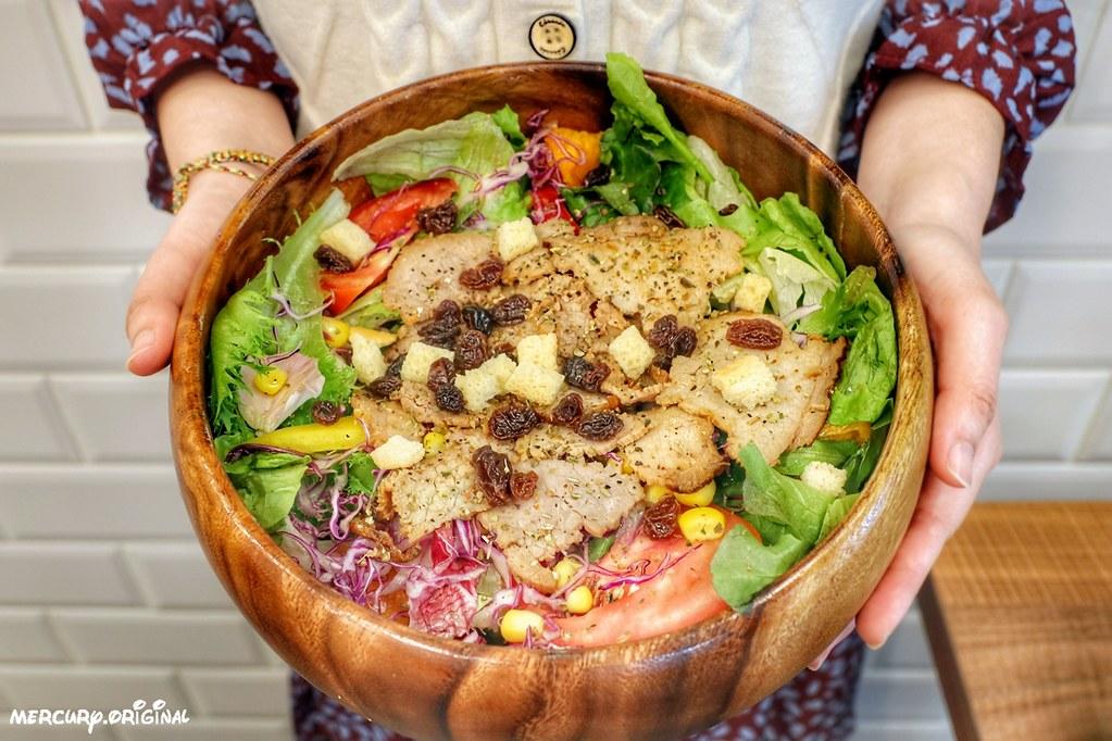 燒烤牛肉沙拉