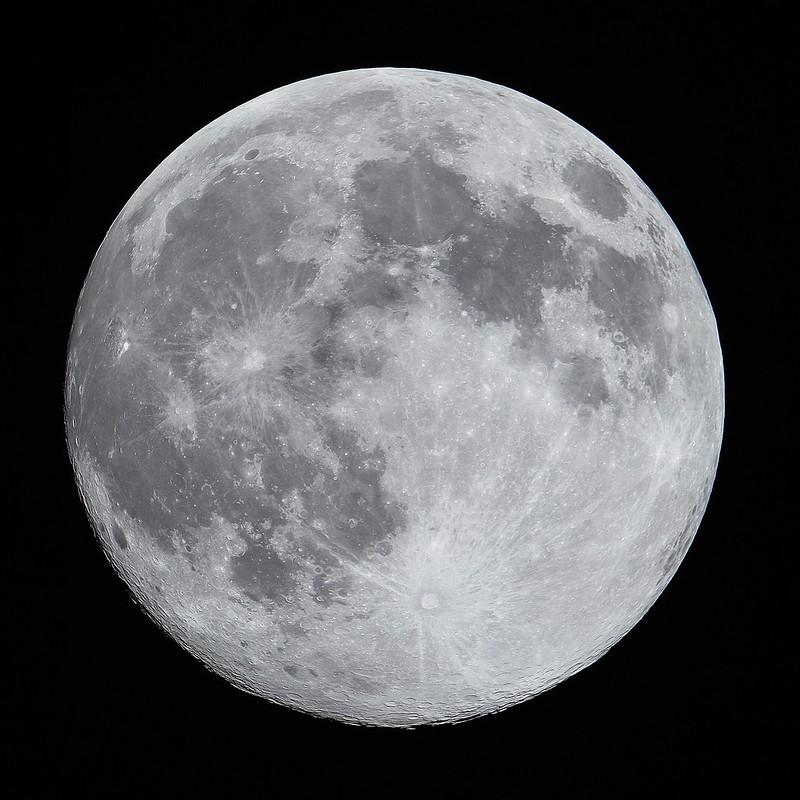 最近の満月 (2020/4/7 21:03)