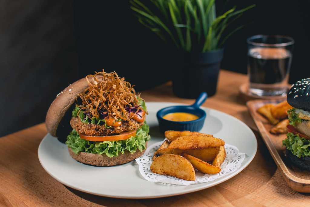 The Link's Signature Burger