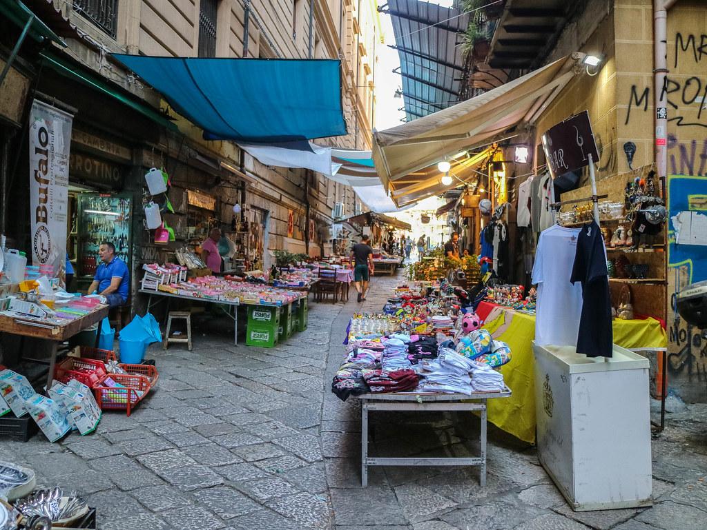 Mercato Vucciría en la ciudad de Palermo