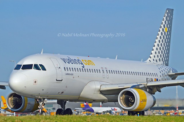 Vueling Airlines EC-LRA Airbus A320-232 cn/2479 std at WOE 14 Feb 2017 reg SX-SOF Orange2fly 24 Jul 2017 @ Taxiway Q EHAM / AMS 06-06-2016