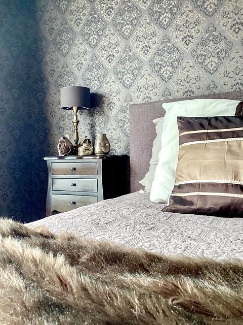 Behang slaapkamer paarstinten landelijk warm