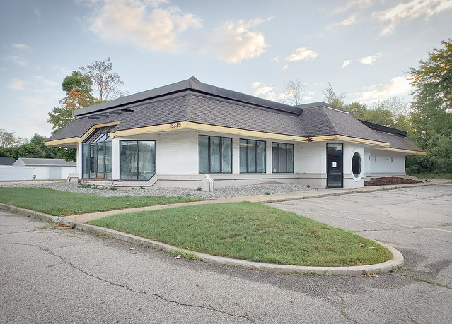 Vacant Burger King at 8125 Portage Rd. | Portage, MI