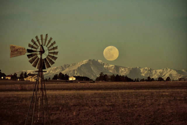 The Pink Pandemic Moon (with Pikes Peak)