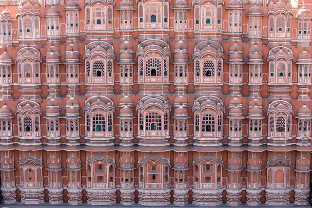 Impressive Architecture of Hawa Mahal