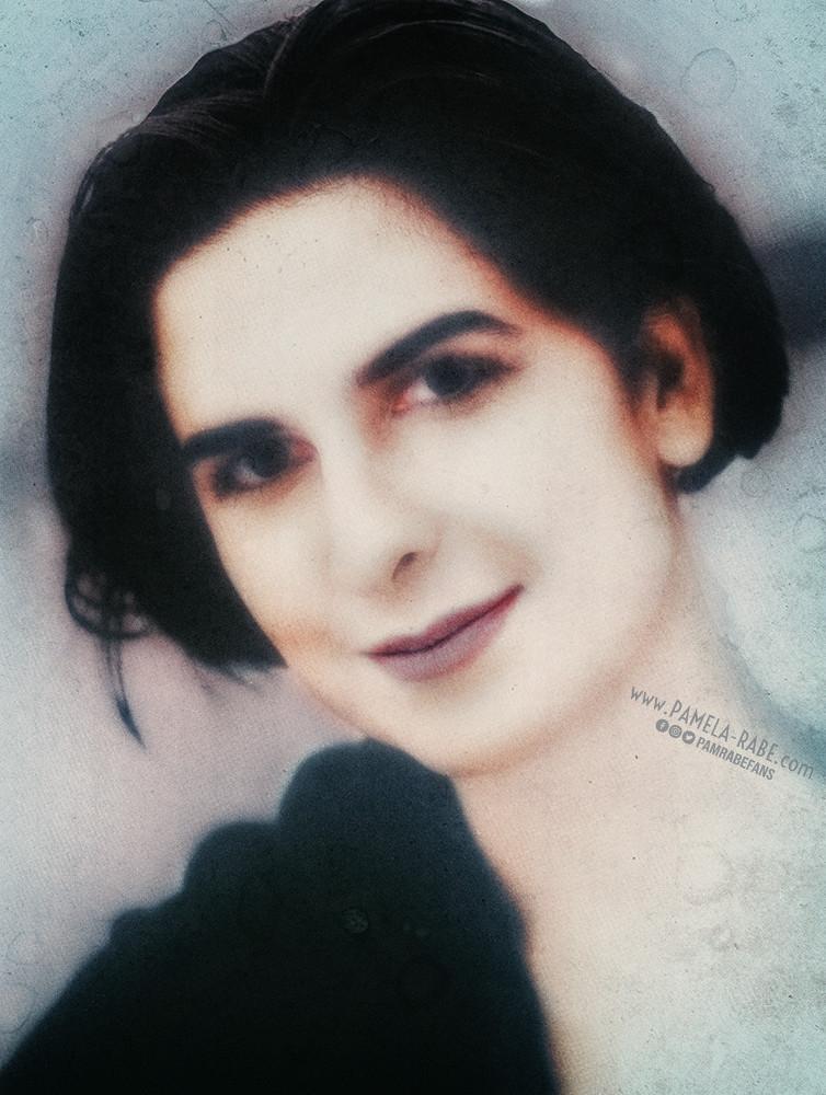 Pamela Rabe | Headshot 1992