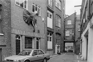 Hatton Place, Saffron Hill, Clerkenwell, Camden 86-11g-32