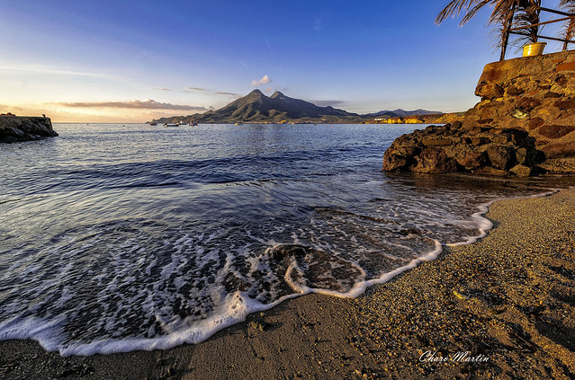 El volcan de los Frailes, desde la Isleta del Moro