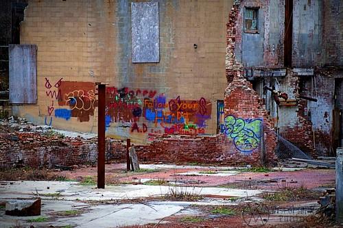 Graffiti, Madam Brett Park NY.wm