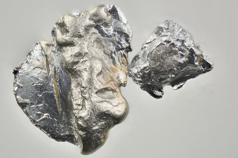 イソフェロプラチナ鉱 / Isoferroplatinum