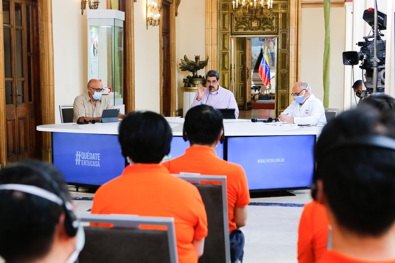Presidente Maduro se reúne con delegación técnica china en el Palacio de Miraflores