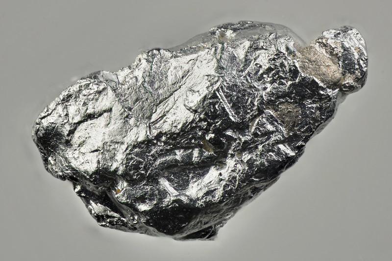 トラミーン鉱 / Tulameenite
